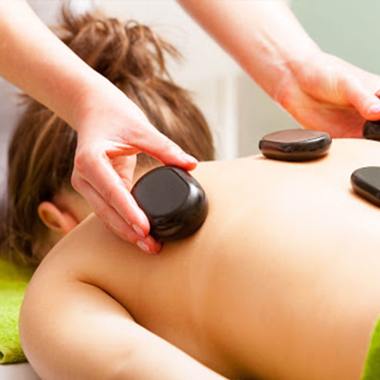 Nuova_Estetica_Medica_stone_massage